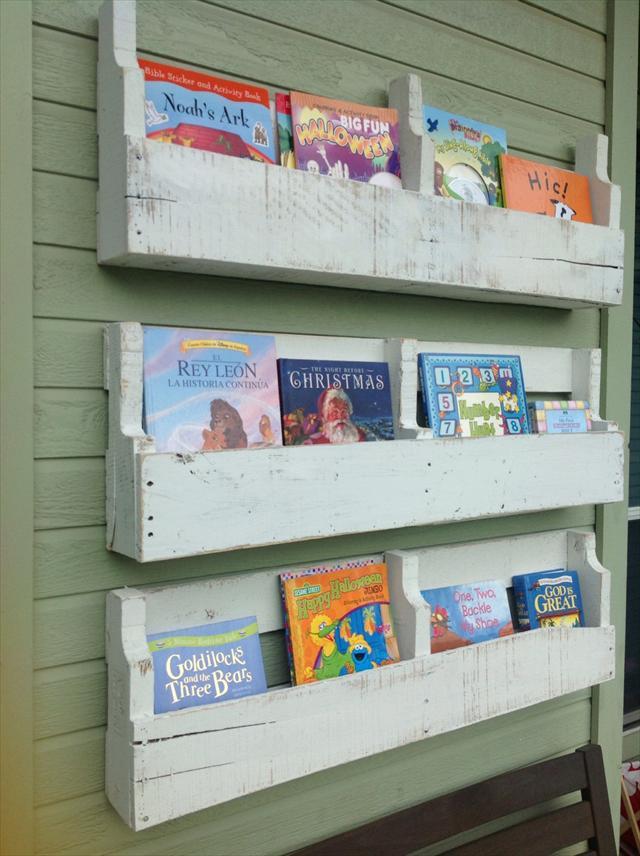diy-pallet-shelves