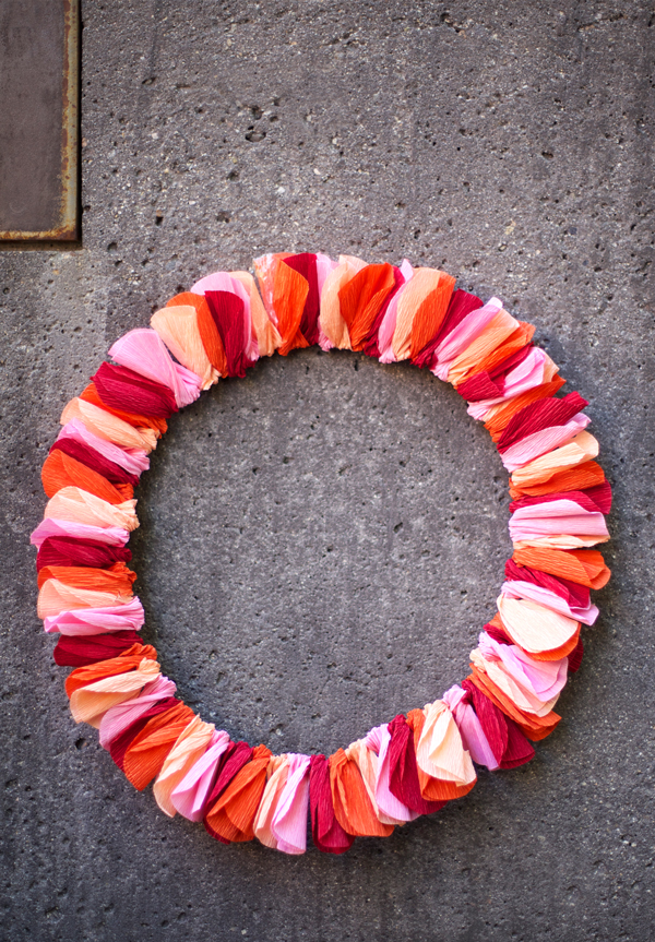 wreath-hang